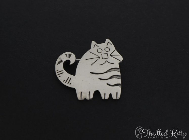 cute-stripey-cat-brooch-1