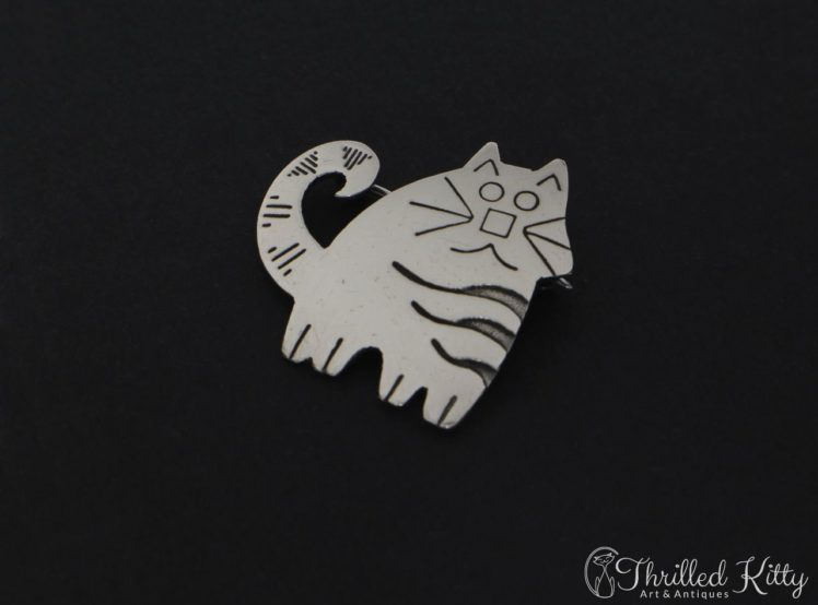 cute-stripey-cat-brooch-2