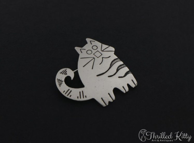 cute-stripey-cat-brooch-3