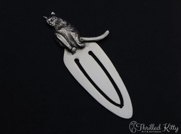 detailed-sitting-cat-silver-bookmark-3