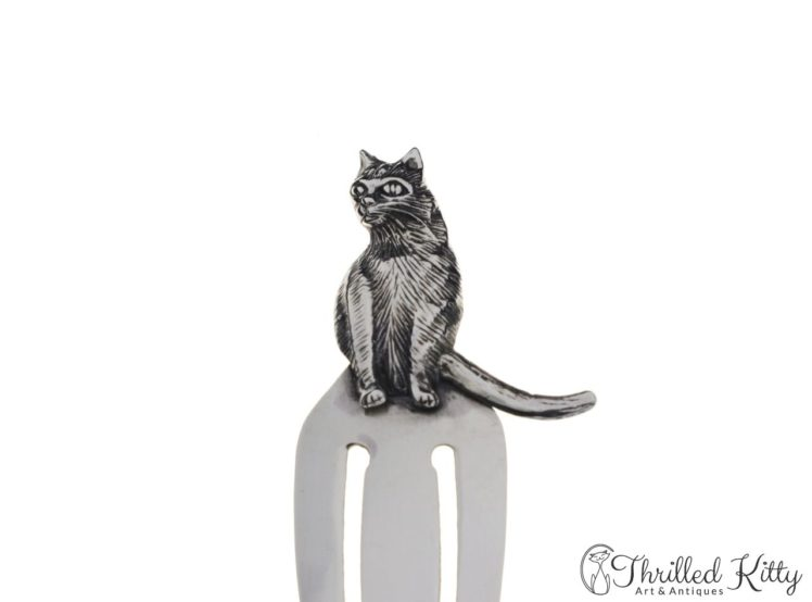 detailed-sitting-cat-silver-bookmark-6