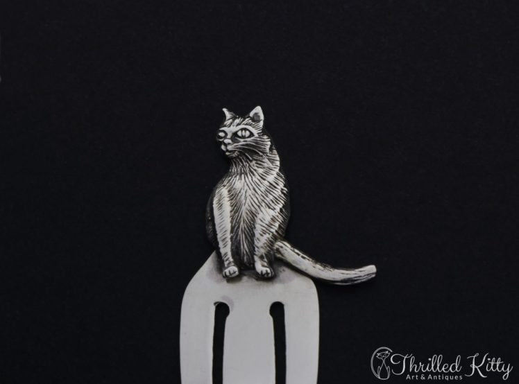 detailed-sitting-cat-silver-bookmark-7