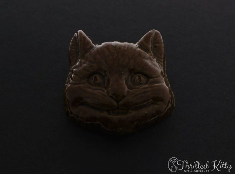 unusual-vintage-glazed-ceramic-cheshire-cat-brooch-1