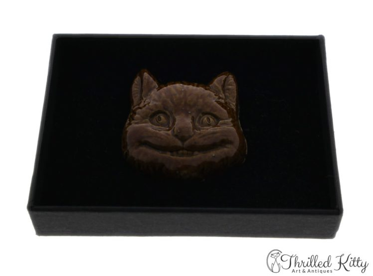 unusual-vintage-glazed-ceramic-cheshire-cat-brooch-5