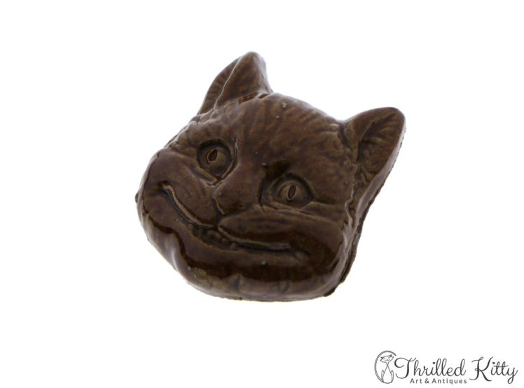 unusual-vintage-glazed-ceramic-cheshire-cat-brooch-7
